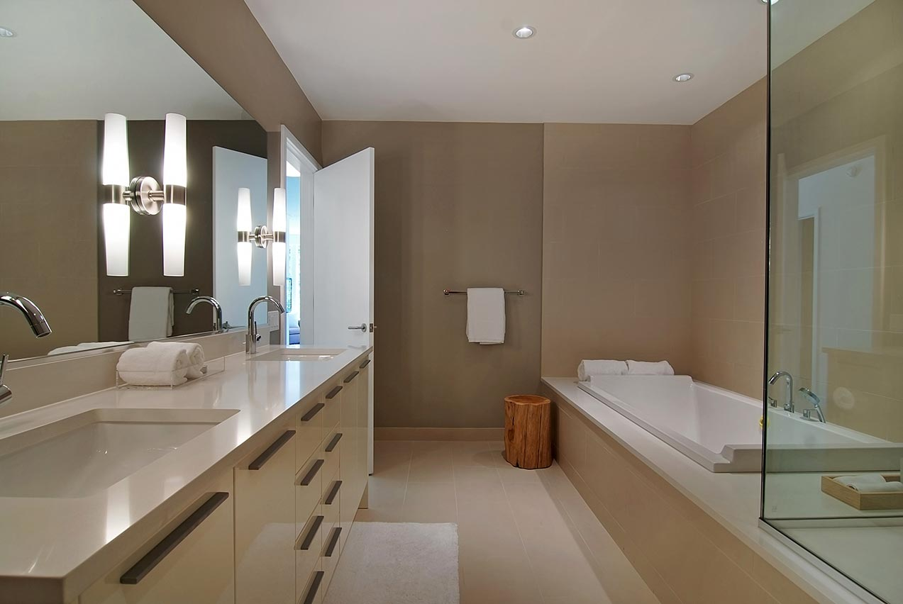 Portfolio | Aqua - Bath