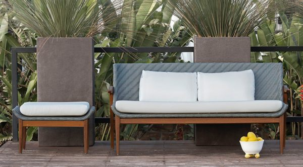 ARMAZEM.design - OUTDOOR SOFA GUARA